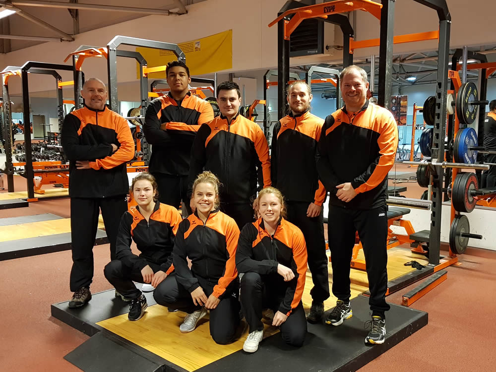 Gewichtheffers in TeamNL outfit